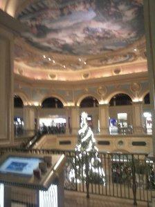 Centro comercial copia, buena pero copia al fin, de un escenario europeo.