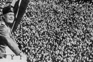 Il Duce, en la cúspide de su fama. Gracias al fútbol.