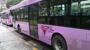 El GOKL, gratuito y cómodo bus.